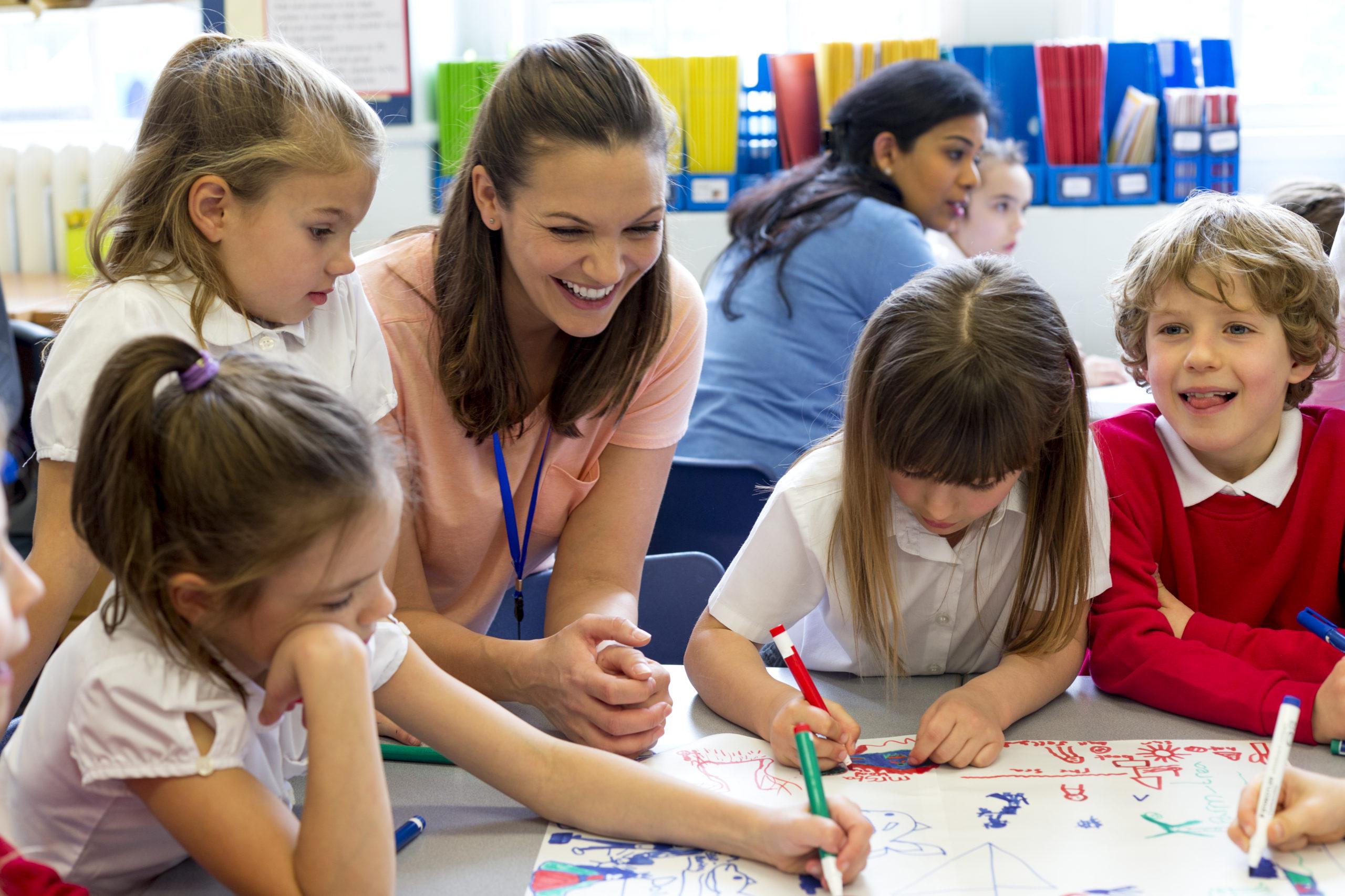 """Hats Off"" to All Teachers on World Teachers' Day"